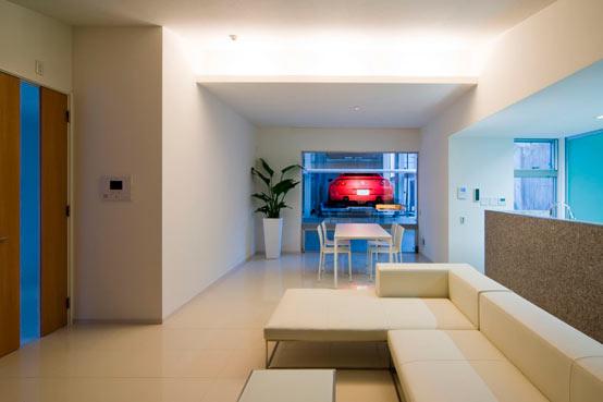 Дом автолюбителя в Японии