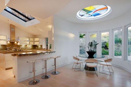 Витражи – способ добавить цвет и стиль вашему дому