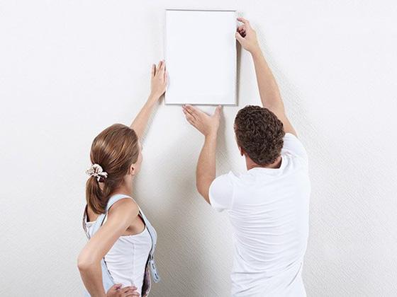 Как правильно выбрать место для картины на стене