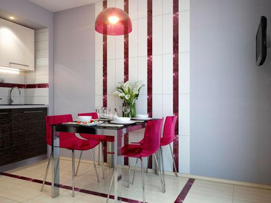 В маленькой кухне вертикальная полоска будет уместна