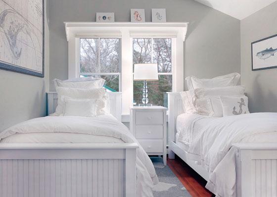 Вариант расположения двух кроватей